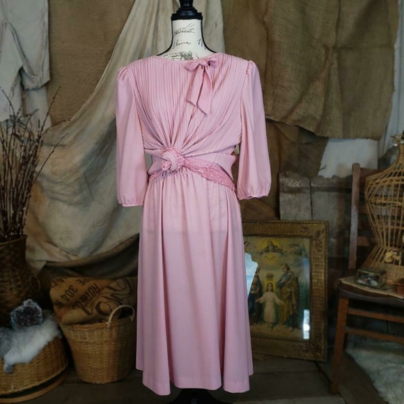 Vintage Dresses & Skirts - Vintage 1980s pink lace dress by the brand Cue.